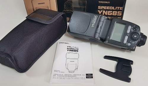 Flash Yongnuo YN 685 Para Canon Com Radio Embutido e TTL