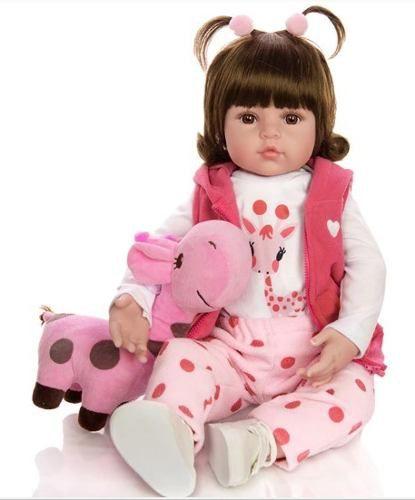 Bebê Reborn Linda e Realista com Roupinhas E Girafinha