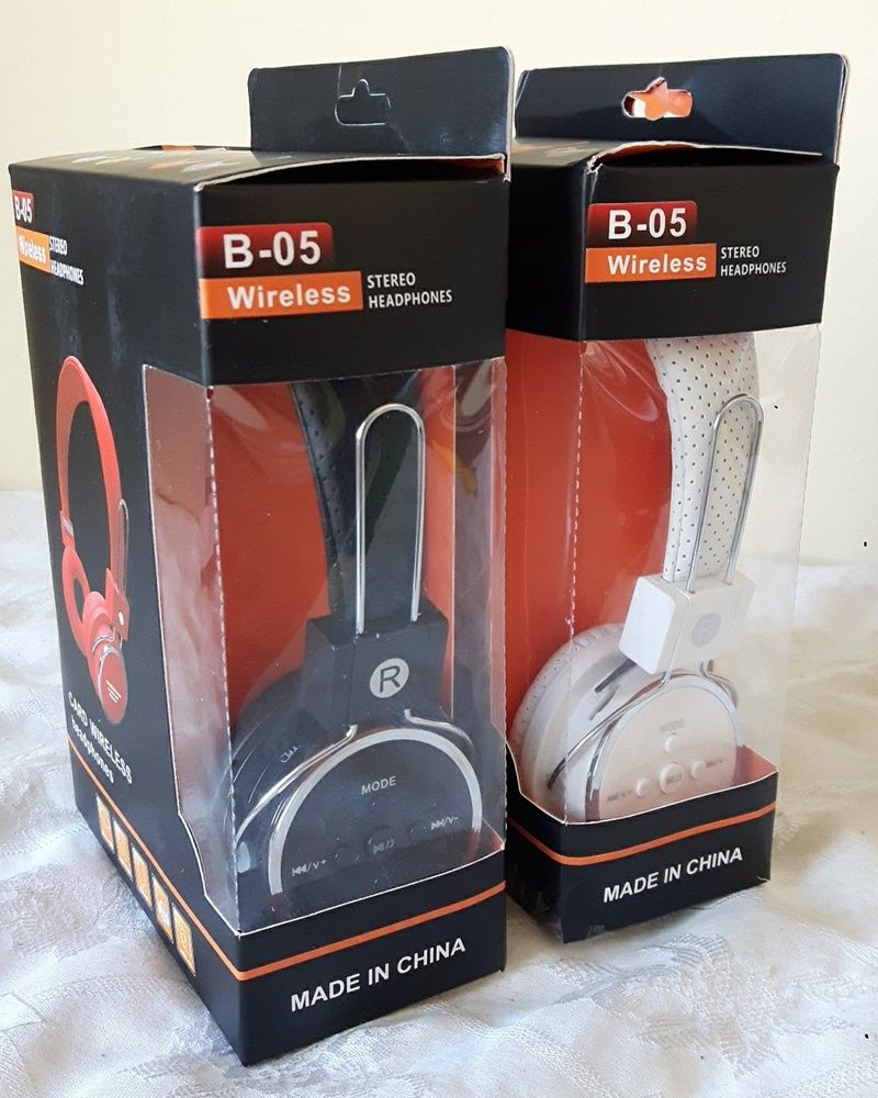 Fone De Ouvido Bluetooth Com Microfone Radio Fm USB SD Card e Cabo AUX