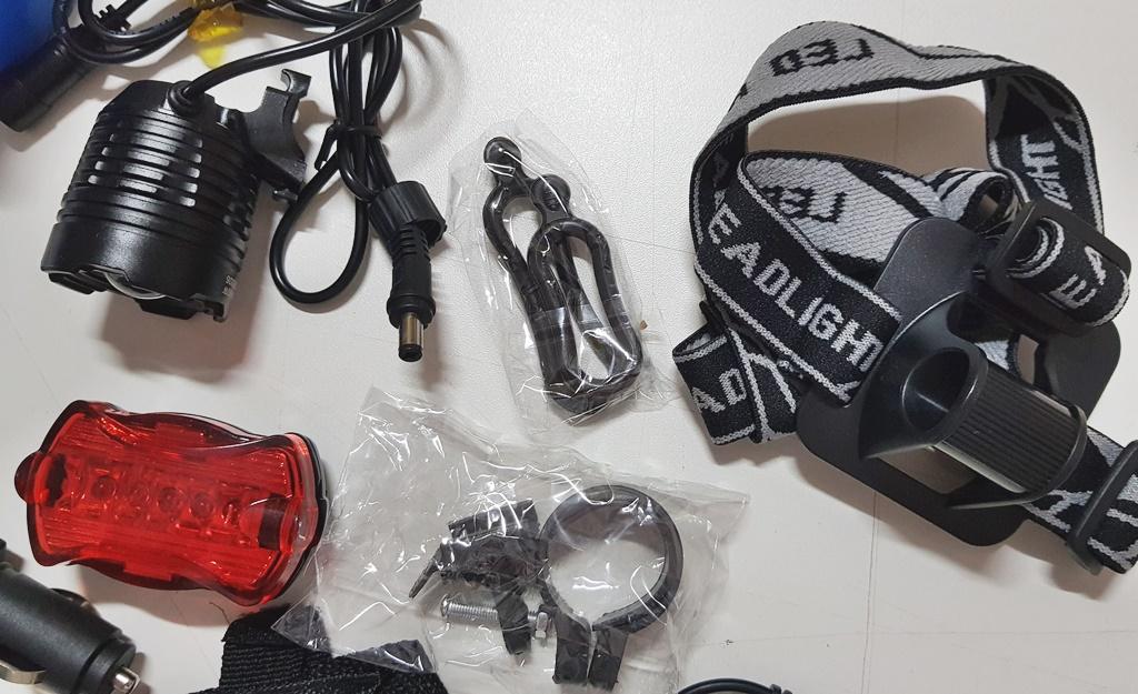 Kit Farol Lanterna Cabeça Bike Angel Eyes 4x1 Recarregavel
