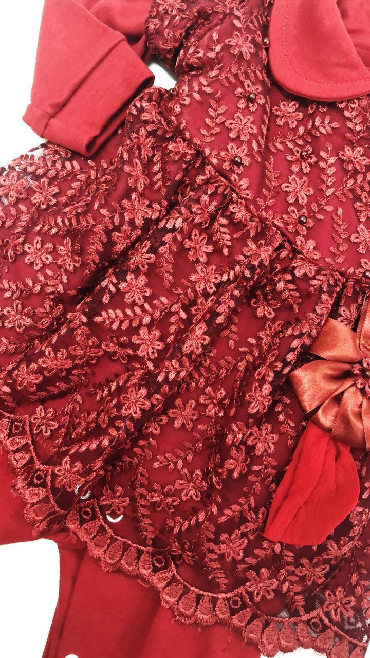 macacão djiele com vestidinho na parte de cima
