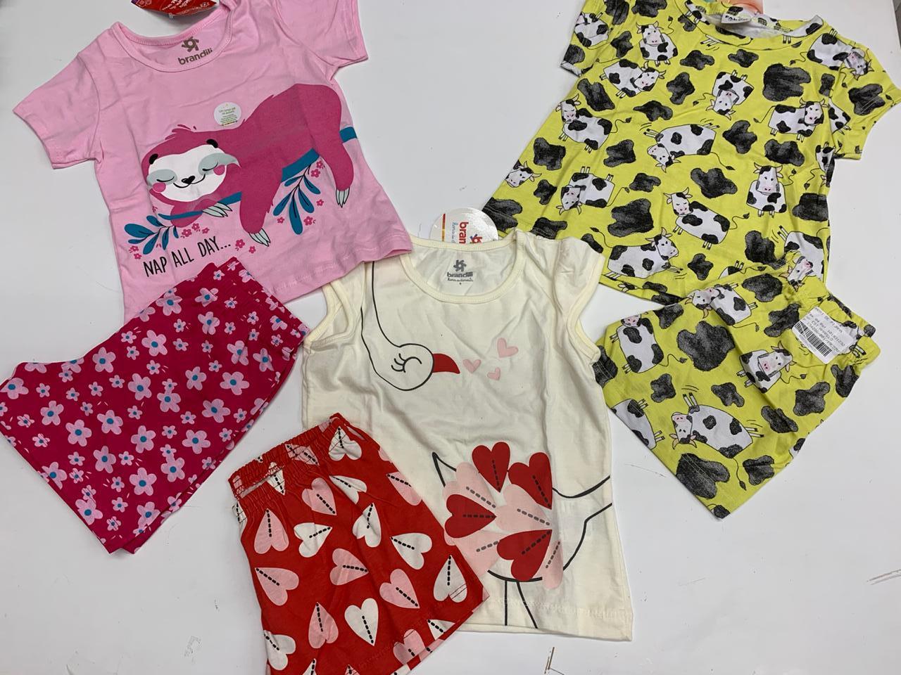 pijamas infantil kit com 3 unidades de menina marcas variadas