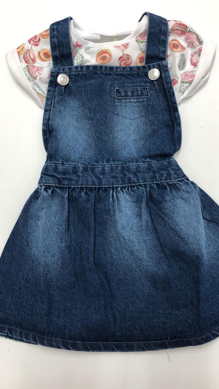 vestidinho jeans brandili  com blusa por baixo