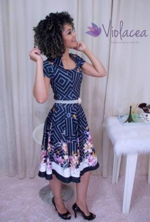 Vestido Midi Encanto das Flores Preto - Moda Evangelica