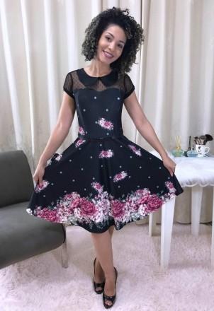 Vestido Rodado Preto com Flores - Moda Evangelica