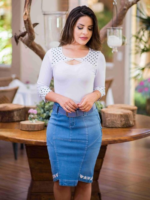 Saia Jeans com Recorte e Cinto