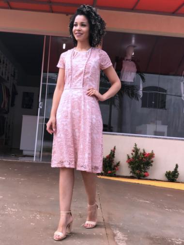 Vestido de Renda Zunna Ribeiro
