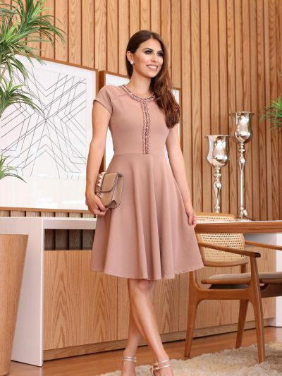 6703cec9b Vestido Godê com Bordado Rosé - Moda Evangelica - Moda e Vestidos ...