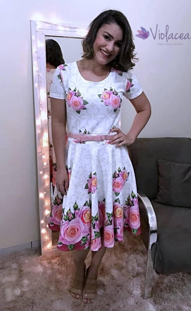8bbb94537 Vestido Midi Encanto das Rosas - Moda Evangelica - Moda e Vestidos ...