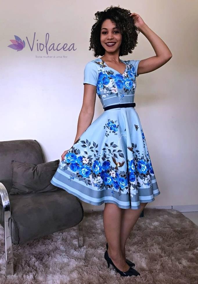 Vestido Midi Encanto Flores e Passáros