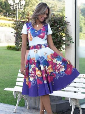 Moda Evangelica - Vestido Midi Jardim das Flores Azul