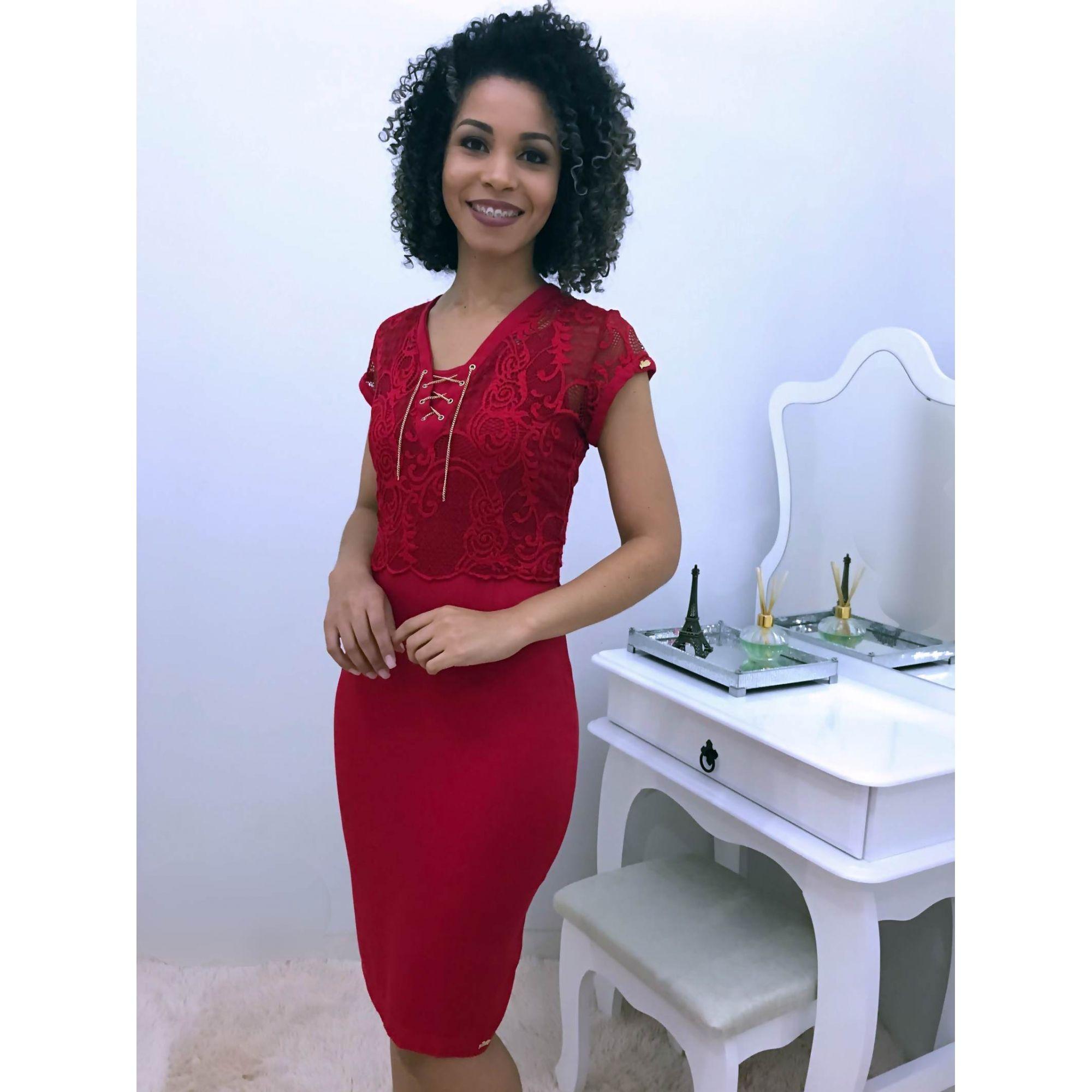 Moda Evangelica - Vestido Tubinho Vermelho com Colete