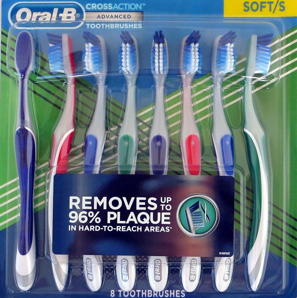 Escova Dental Oral-B Cross Remove até 96% das Placas - 8 Médias & 8 Macias - Kit 16