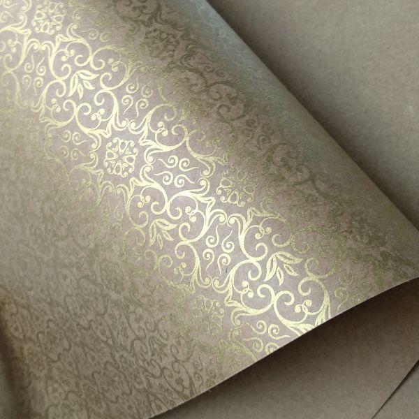 Papel Adamascado - Kraft com Dourado - Tam. 30,5x30,5 - 180g/m²