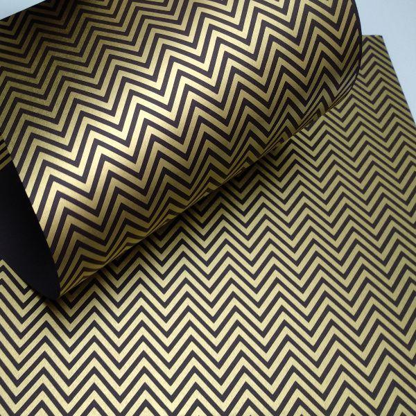 Papel Chevron - Preto com dourado - Tam. 32x65cm - 180g/m²