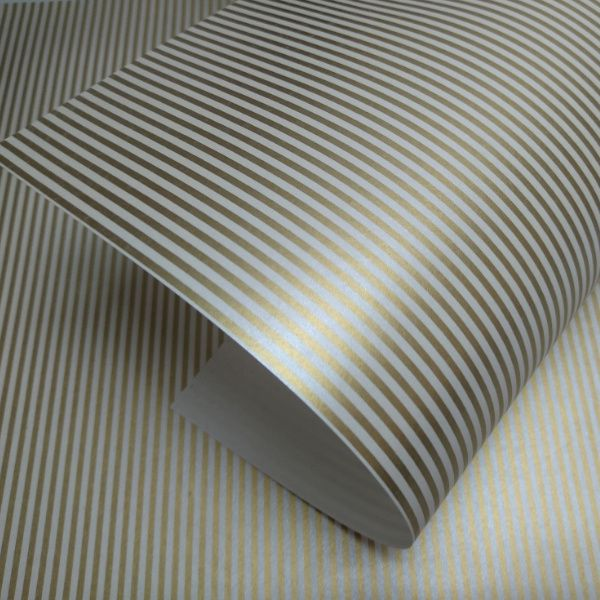 Papel Listrado - Pérola com dourado- Tam. 30,5x30,5cm - 180g/m²