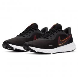 Tênis Nike Revolution 5 Preto / Laranja