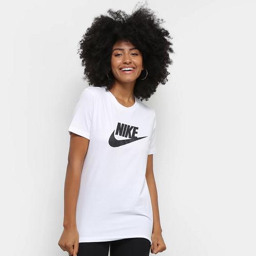 Camiseta Nike Essentials Icon Futura Feminina - Branco e Preto
