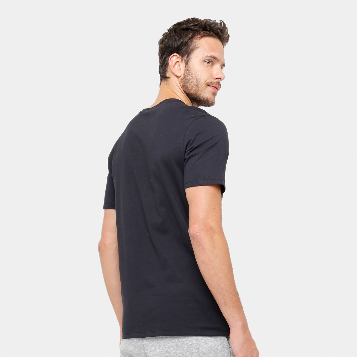079e6cb191 Camiseta Nike Masculina Hangtag Swoosh - Preto - Titanes Esportes