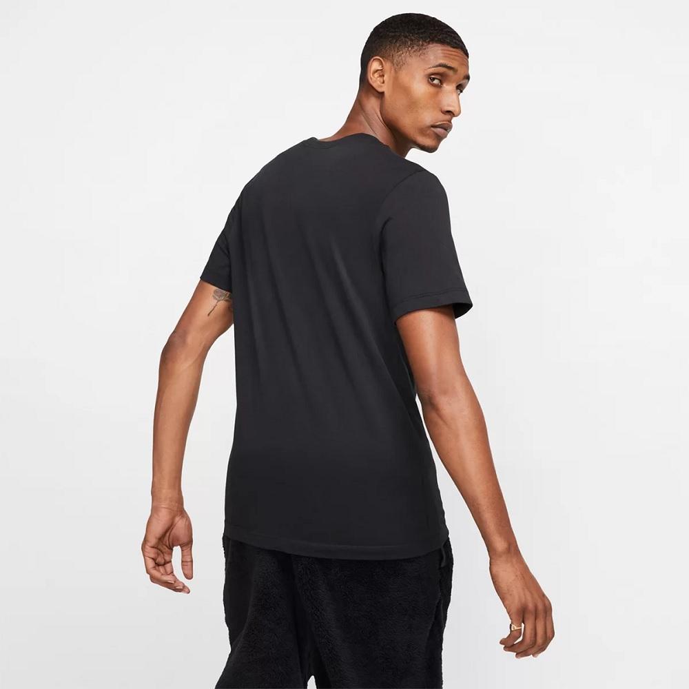 Camiseta Nike Sportswear Club Tee - Preta