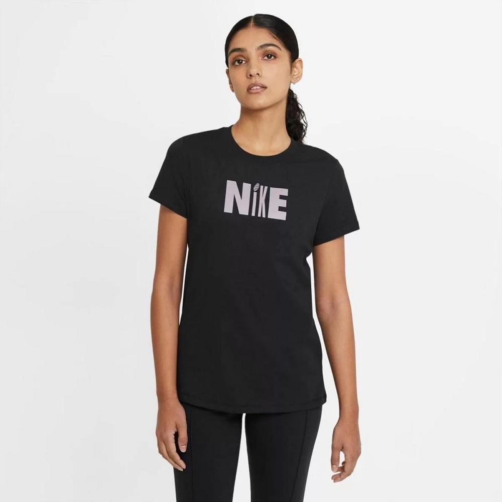 Camiseta Nike Sportswear Icon Clash Feminina - Preta
