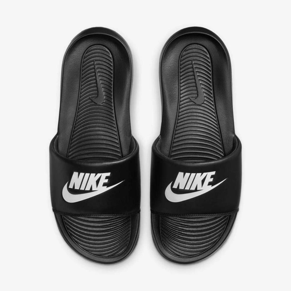 Chinelo Nike Victori one slide - preto