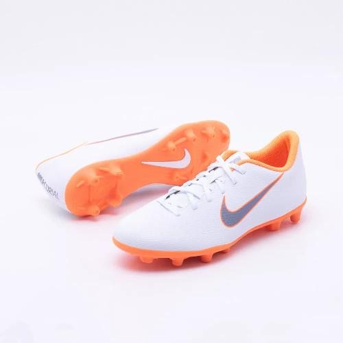 6defbf9dcea Chuteira Campo Nike Merc Vapor 12 Club - Branco - Titanes Esportes