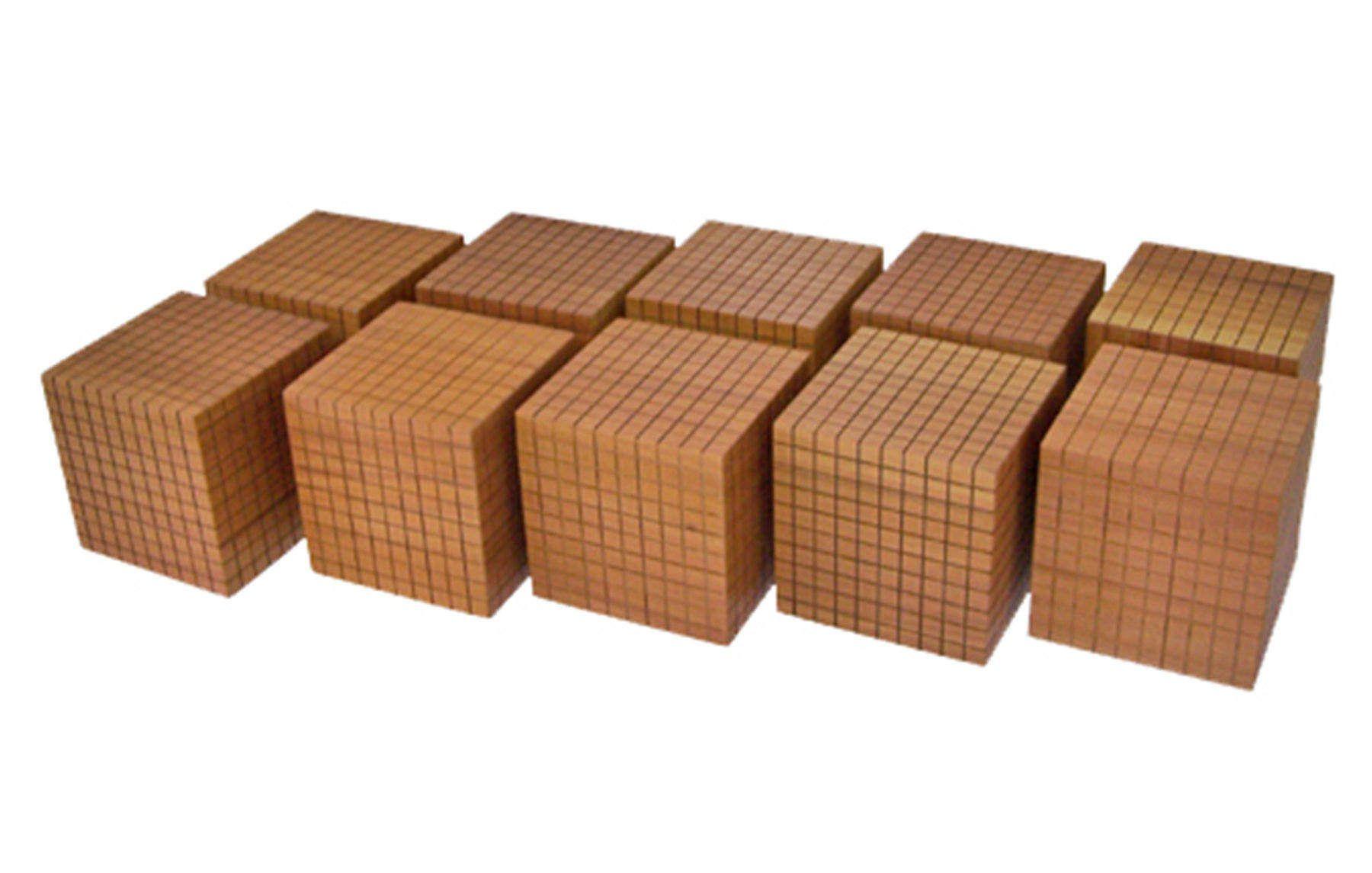 10 Cubos do Mil de Material Dourado