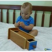 Montessori Caixa com Gaveta