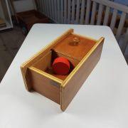 Montessori Caixa com Tampa Deslizante