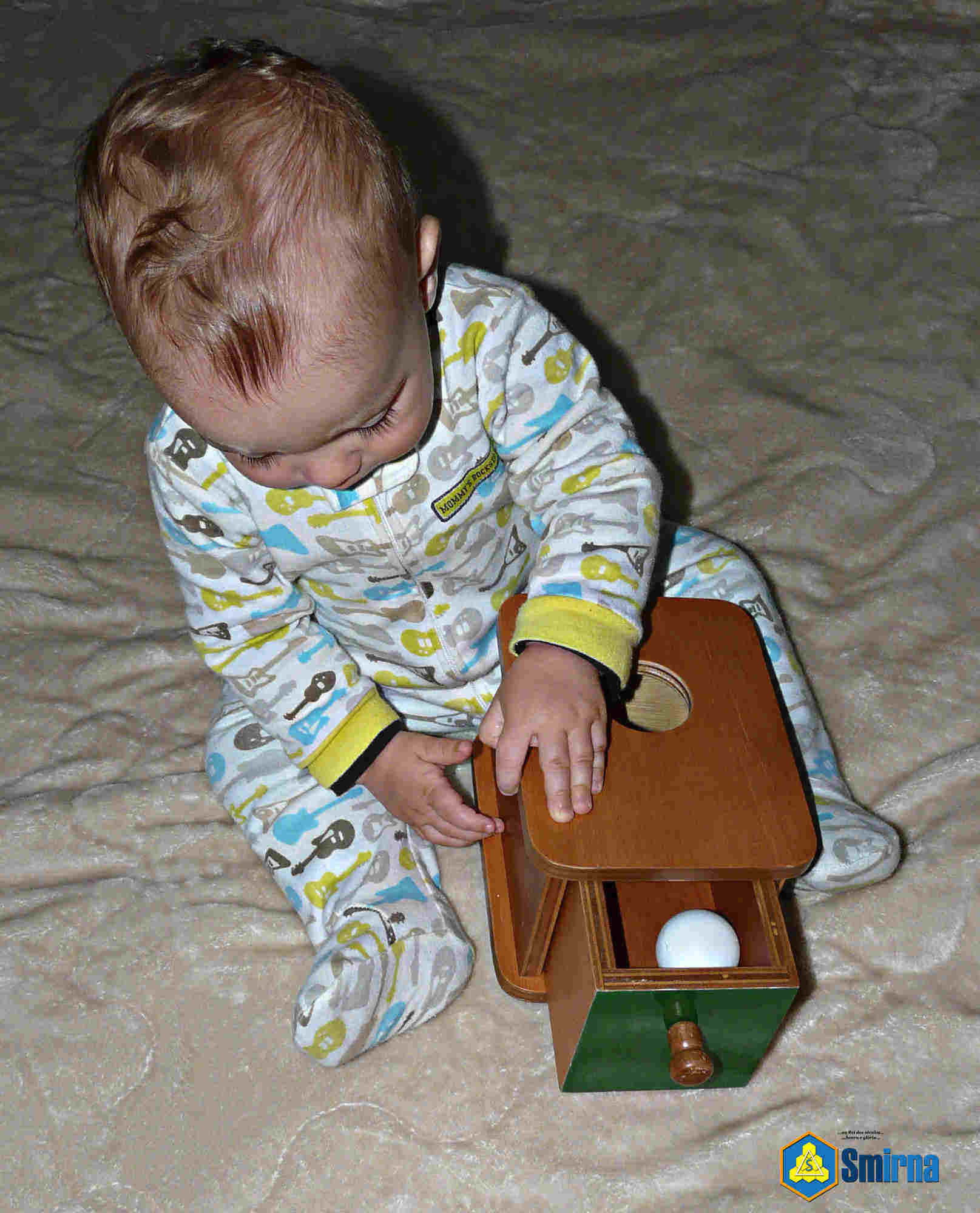 Montessori Caixa Abertura e Puxador
