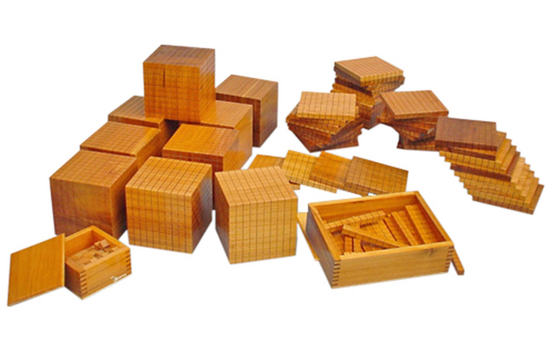 9  Layout Material Dourado