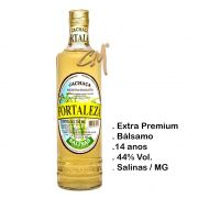 Cachaça Fortaleza Ouro 700 ml (Salinas - MG)