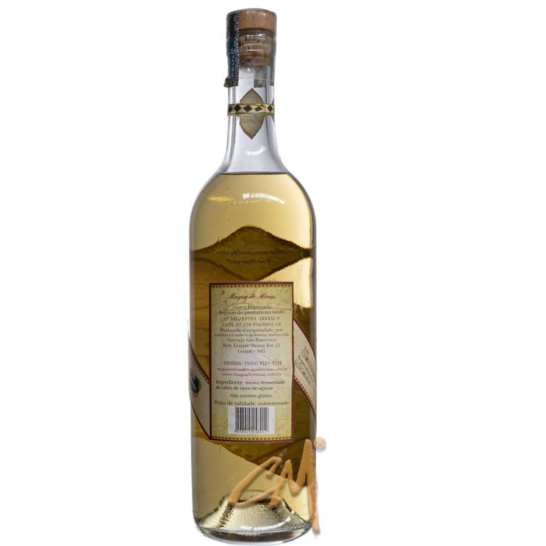 Cachaça Pura Magia Ouro 750 ml - Antiga - (Guapé - MG)
