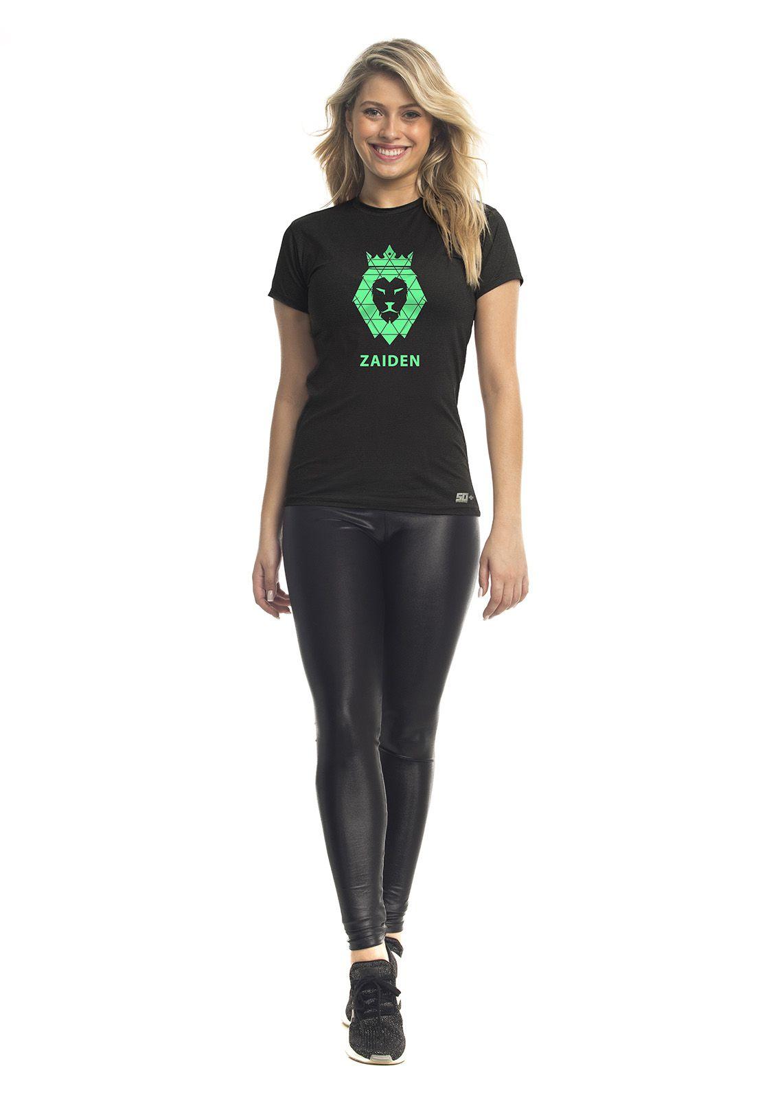 Camiseta Feminina Poliamida Preta Zaiden Leão Verde