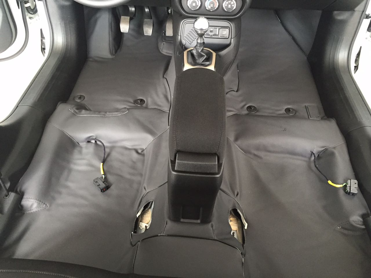Forro Super Luxo Automotivo Assoalho Para F1000 Estendida