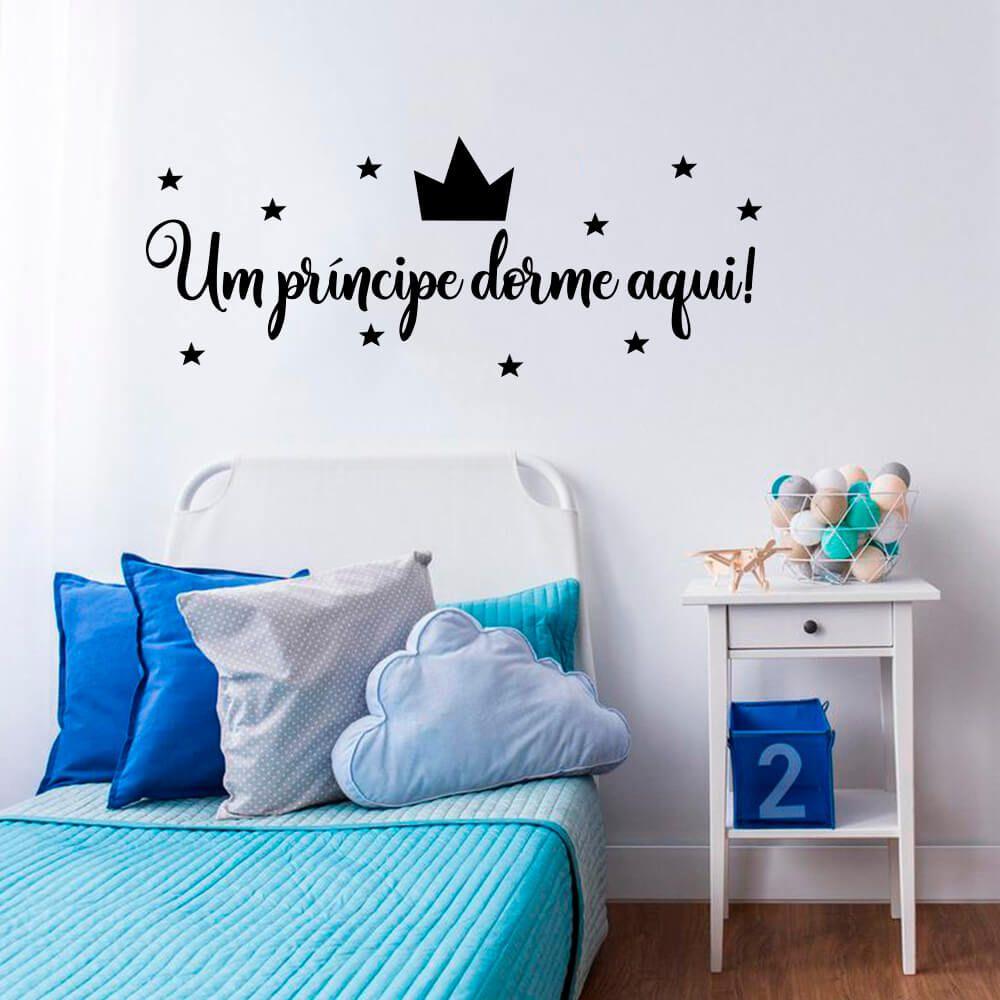 Adesivo Decorativo de Parede Um Príncipe Dorme Aqui!