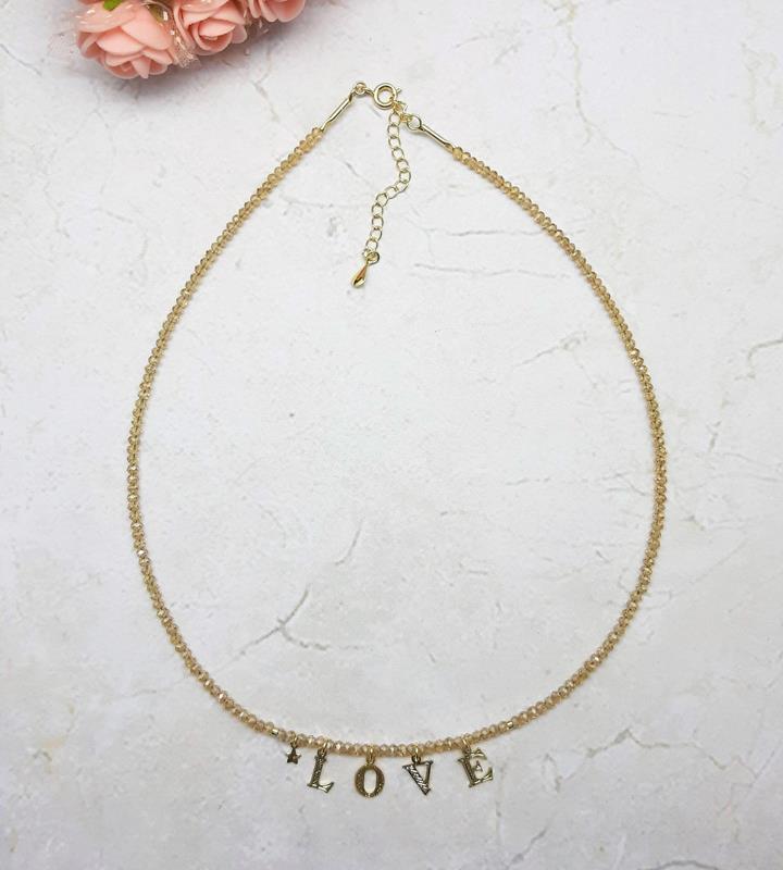 """Colar cristais com palavra """" LOVE"""""""