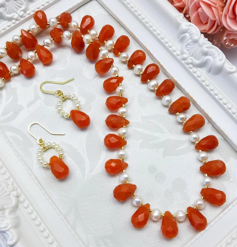 Colar e brincos em Gotas Jade Vermelho
