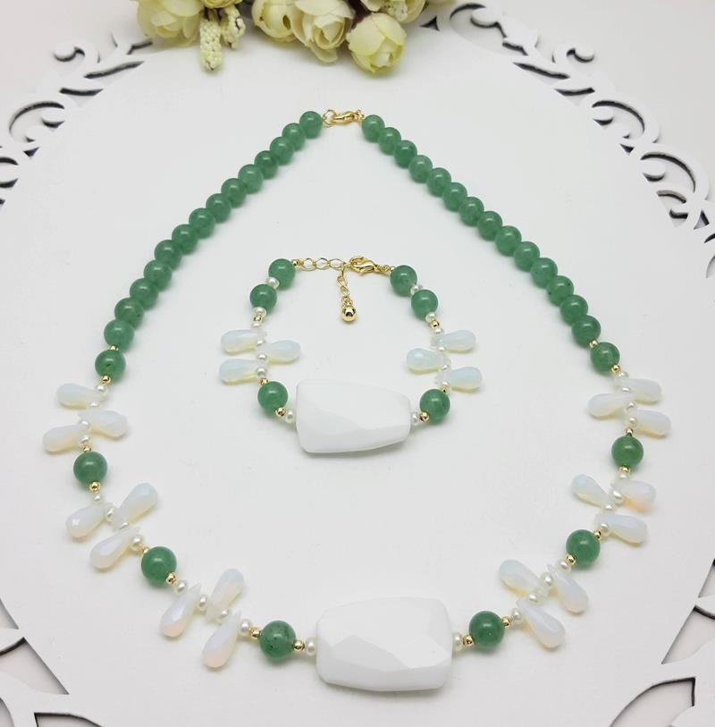 Colar e pulseira Quartzo Verde