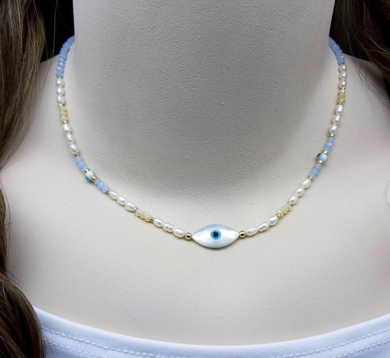 Colar olho grego madre pérola,  cristais e pérolas naturais.