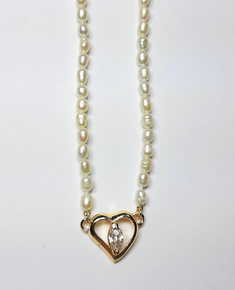 Colar pérolas naturais coração com zircônia Folheado Ouro 18k.