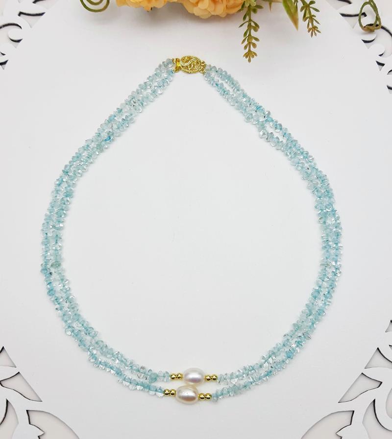 Colar quartzo azul e pérolas