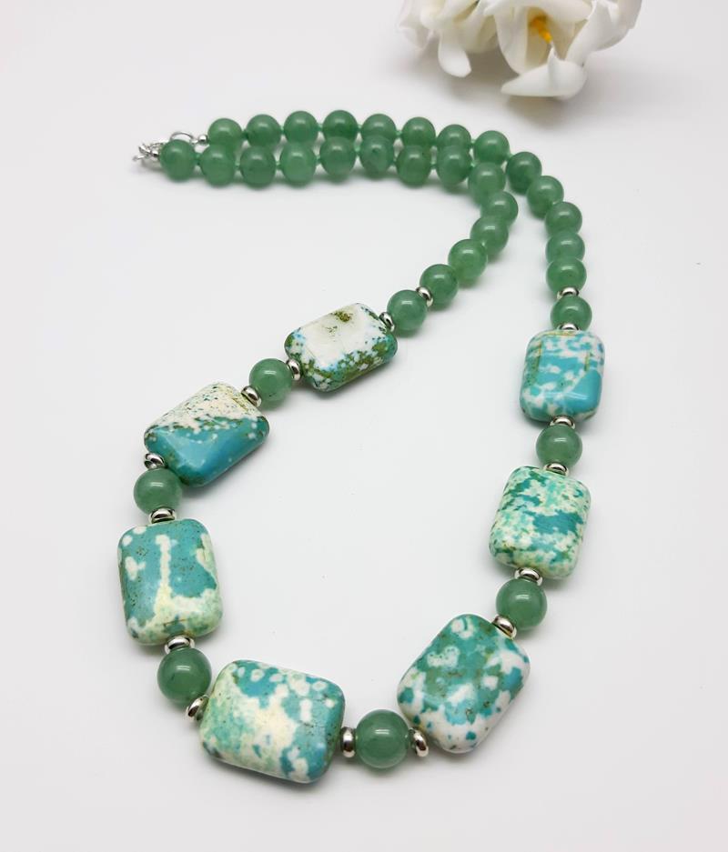 Colar turquesa e quartzo verde