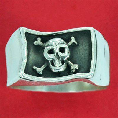 Anel de Bandeira de Pirata Caveira - 93351  - Magia das Joias
