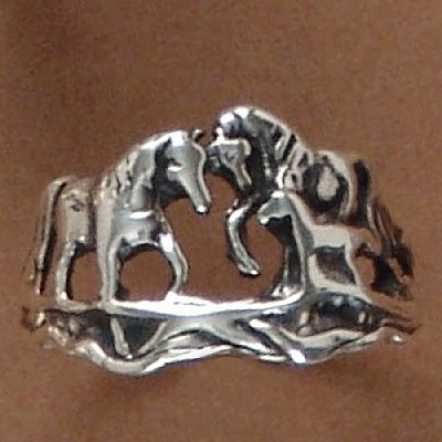 Anel de Cavalos - 93183  - Magia das Joias
