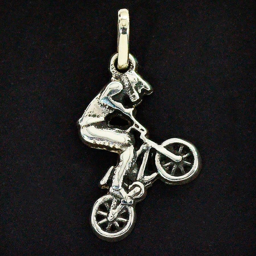 Pingente Ciclista Bicicleta BMX - 96162  - Magia das Joias