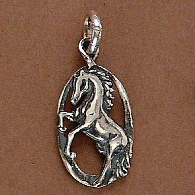 Pingente de Cavalo Moldura  - 95100  - Magia das Joias