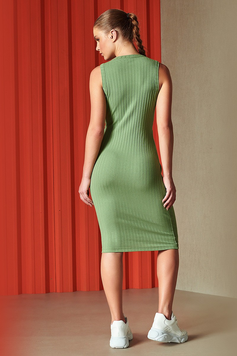 Vestido Midi Canelado Verde Sloty 0445700180 Colcci By Colcci