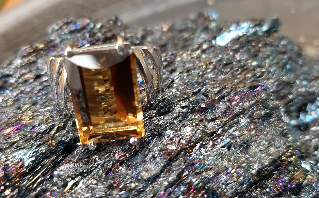 Anel Citrino Pedra Natural em Ródio (n.18)